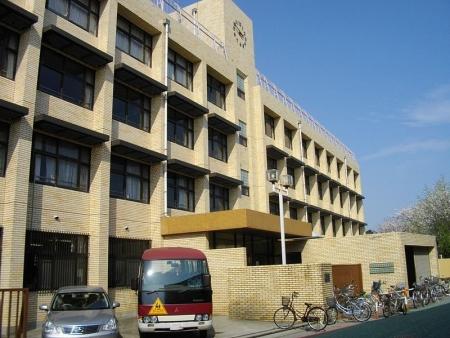 Tokyo_Korean_4th_Elementary_and_Junior_High_School.jpg