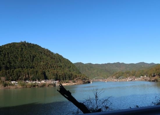 船明ダム湖 夢のかけ橋
