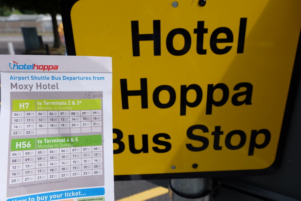 2019-08-04 MOXY London Heathrow Airport 08 Hoppa bus