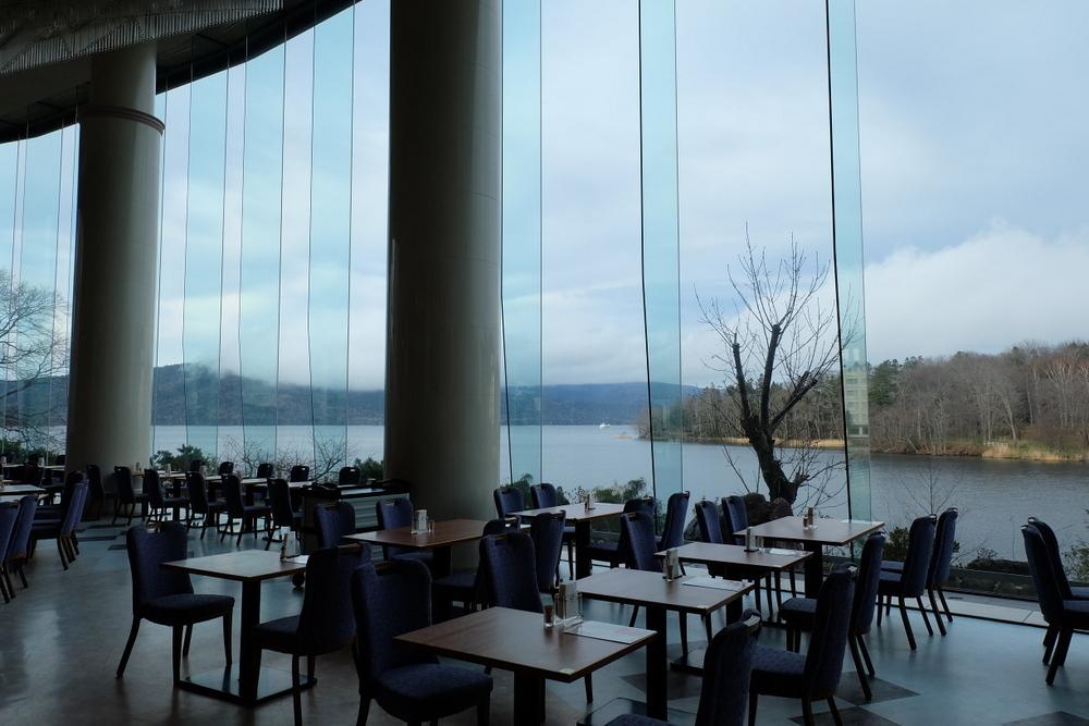2019-11-24 北海道 09 ニュー阿寒ホテル レストランから見える阿寒湖