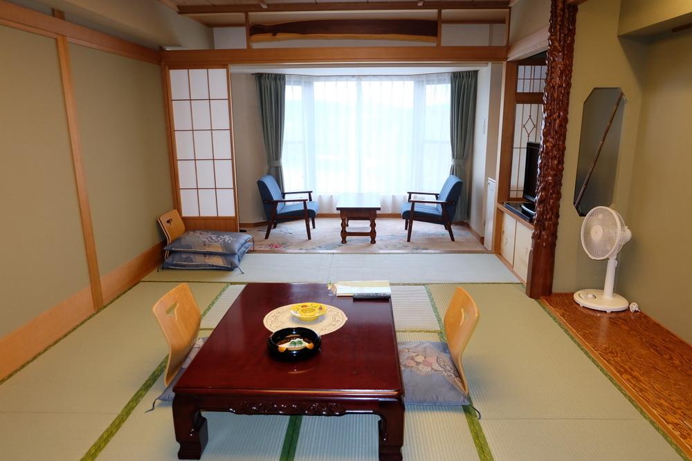 2019-11-24 北海道 15 和室湖側部屋