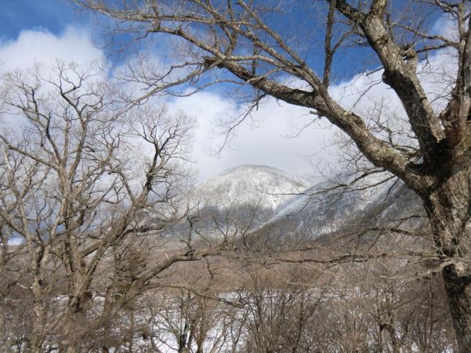 大洞駐車場から黒檜山