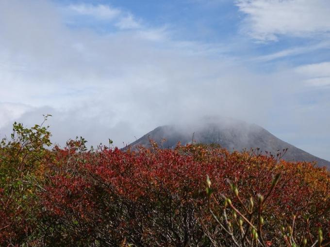 茶臼岳が見えてきたよ