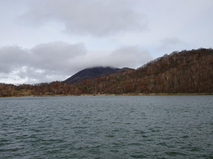 黒檜山、山頂部は見えない