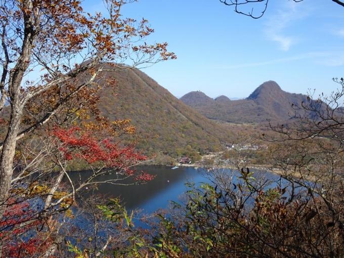 榛名富士、相馬山」、榛名湖