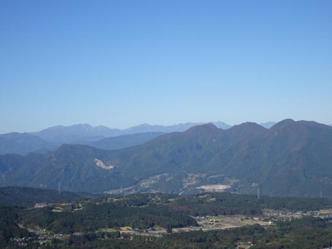 小野子三山と谷川主稜線