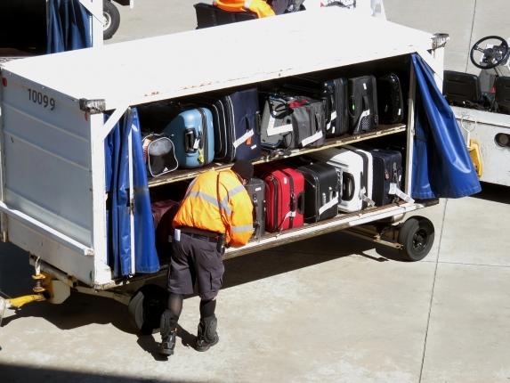 baggage-1697327_1280.jpg