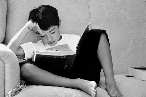 children-studying-670663_960_720.jpg