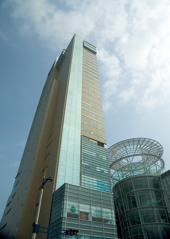 Takamatsu_Symbol_Tower_M3446.jpg