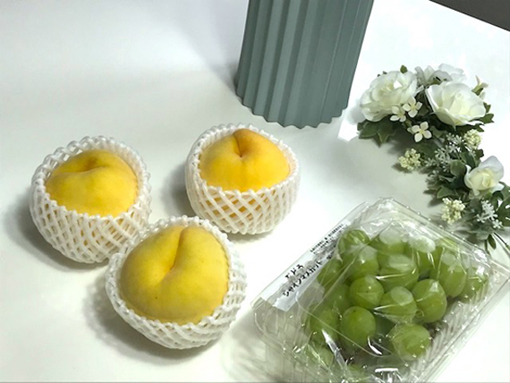 桃とシャインマスカット
