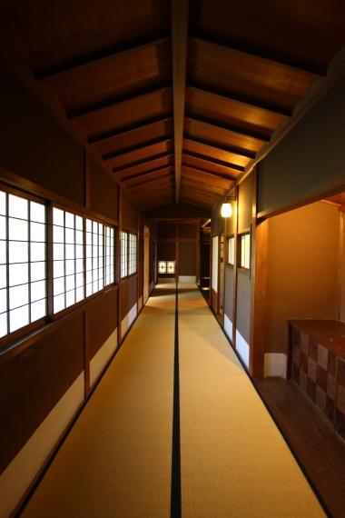 旧遠山家住宅・渡り廊下