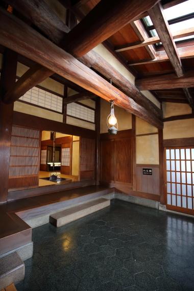 旧遠山家住宅・東棟内玄関