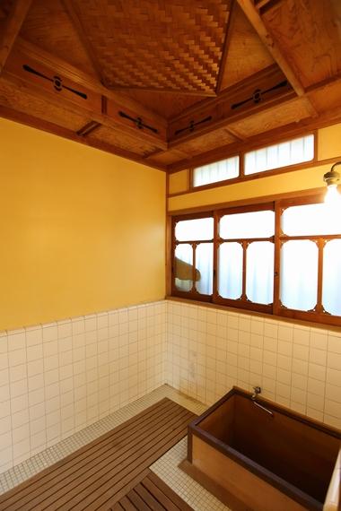 中野邸記念館・本館浴室