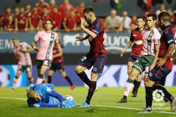 19-20_J05_Osasuna-Betis01s.jpeg