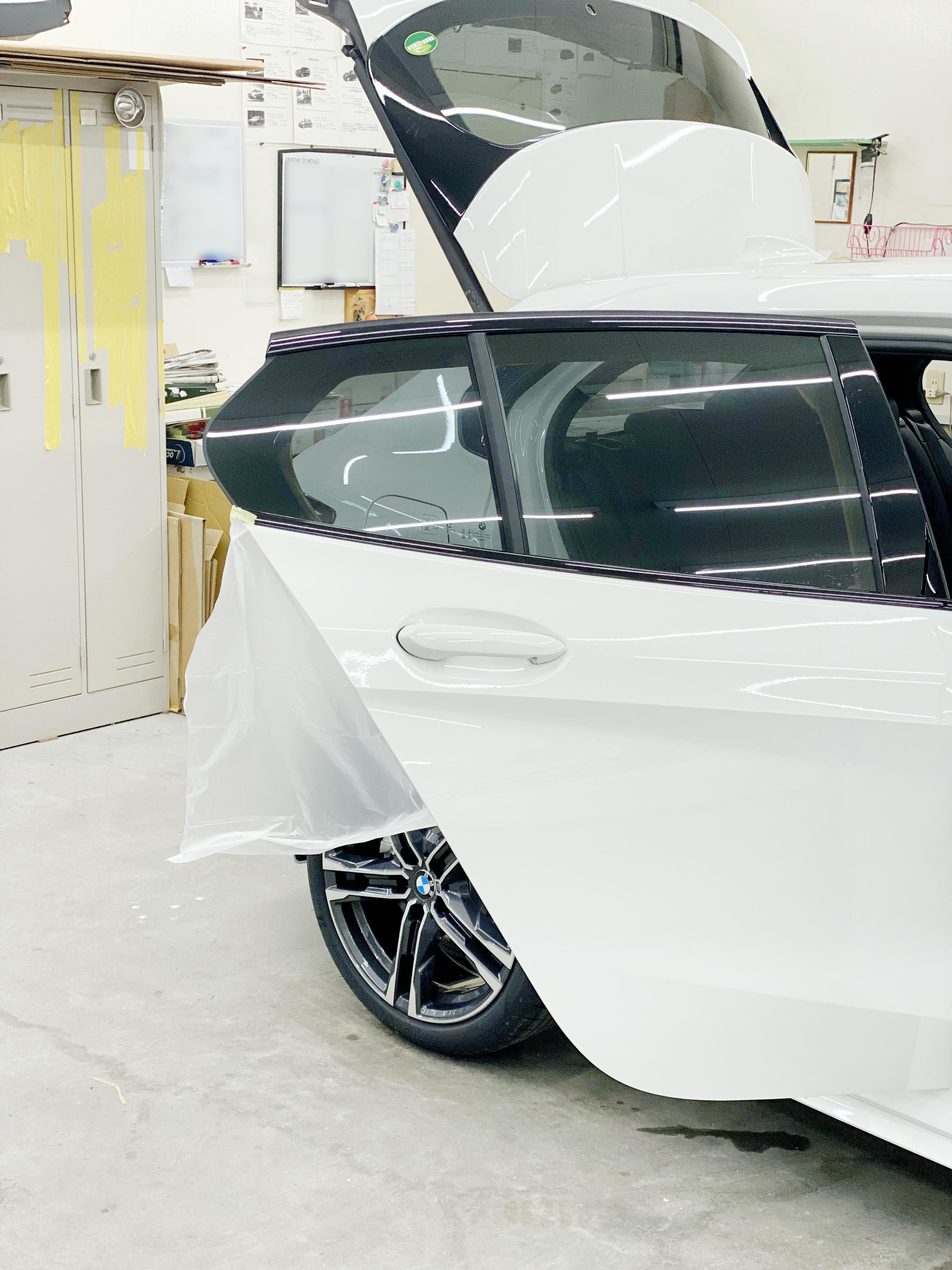 02 BMW 118i(F40)