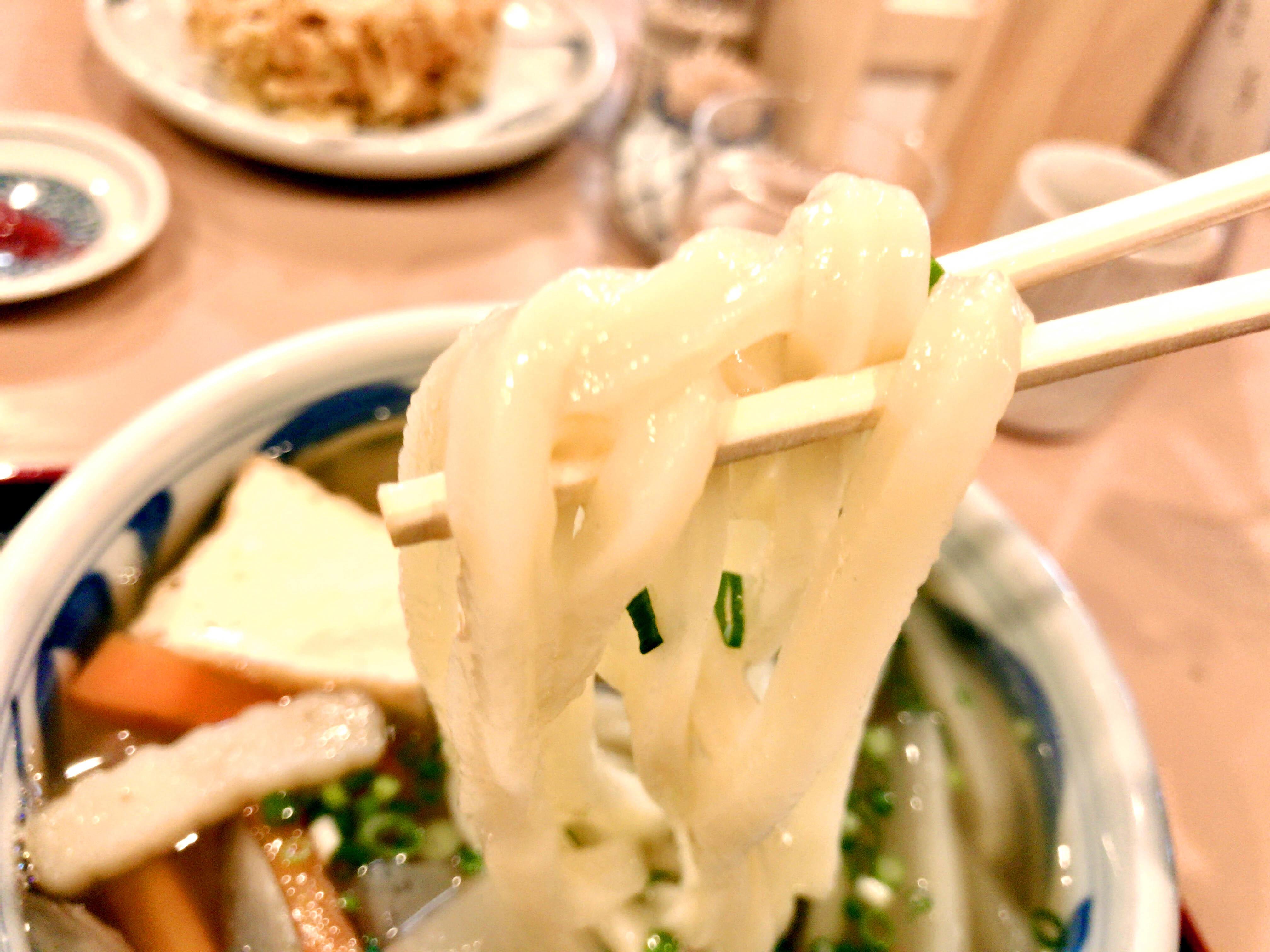 しっぽくうどん 600円(麺リフト)