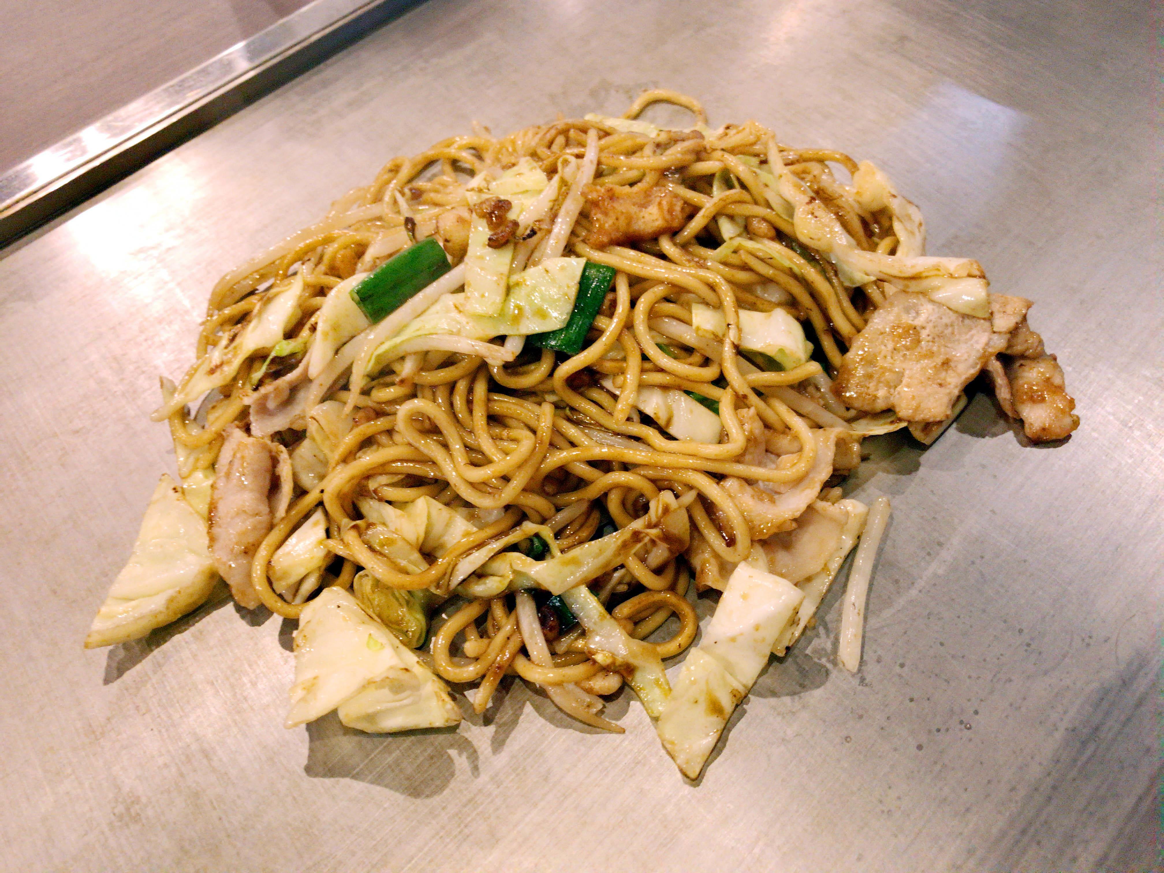 讃岐うどん風特製麺焼きそば 770円
