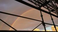集合住宅から見える虹