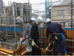 建築現場には各種職人が携わります
