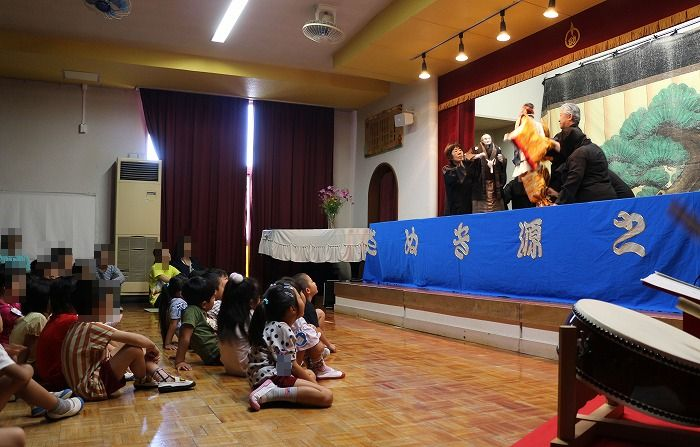 隣町の幼稚園敬老会に人形 1 9 19