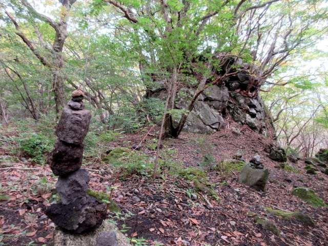 IMG0119JPGケルンと岩