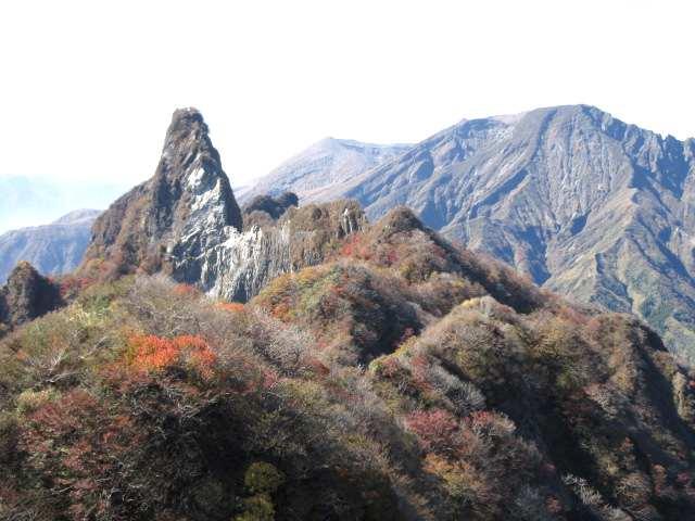 IMG0061JPG天狗岩と高岳②