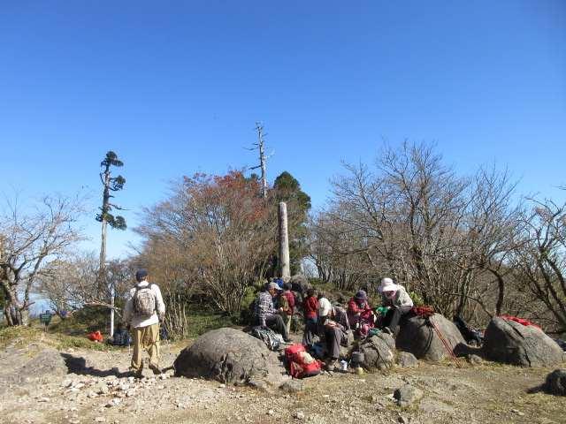IMG0057JPG中岳山頂