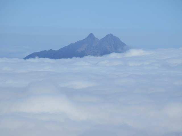 IMG0036JPG雲上の根子岳