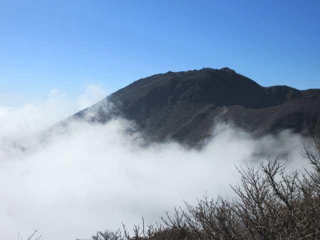 IMG0046JPGシルエットの大船山
