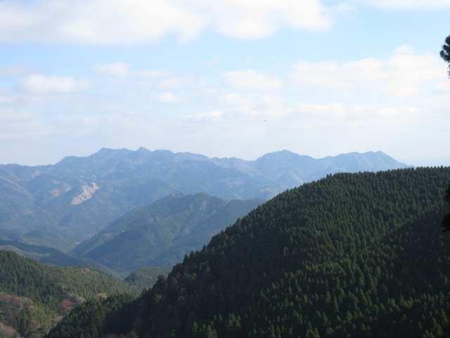 IMG0045JPG836p付近から犬ケ岳方面