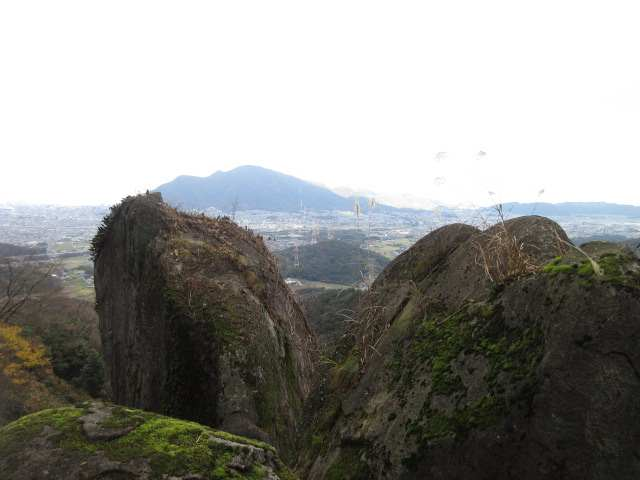 IMG0036JPG笠岩から足立山
