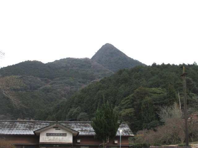 IMG0001JPG井手浦公民館から塔ヶ峯