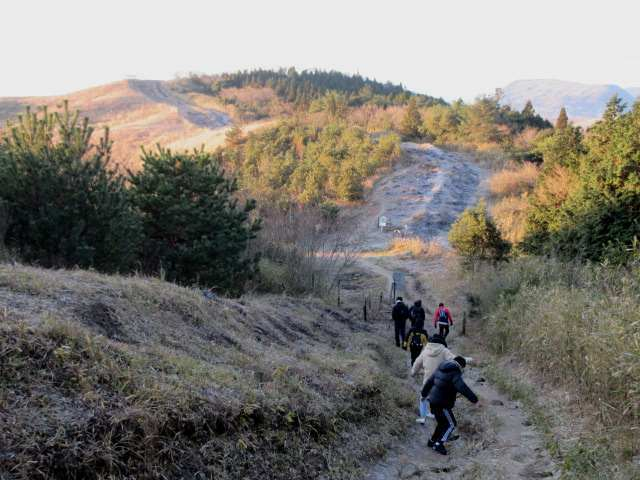 IMG0051JPG凍る登山道