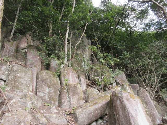 IMG0088JPG巨石群