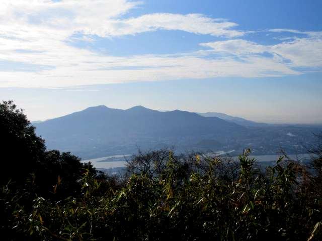 IMG0017JPG石峰山から皿倉山方面