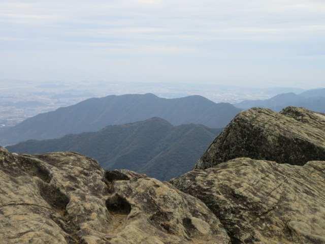 IMG0044JPG雲取山奥に金剛山