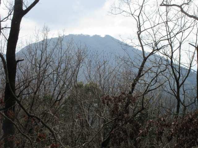 IMG0026JPG振り返る岩石山