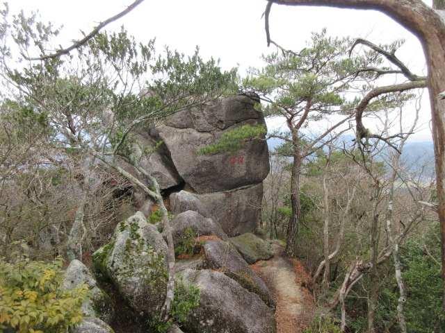 IMG0051JPG梵字岩