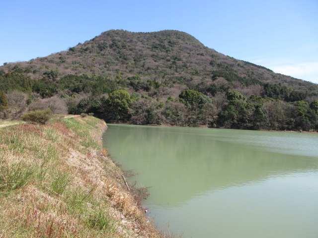 IMG0075JPG池から和尚山