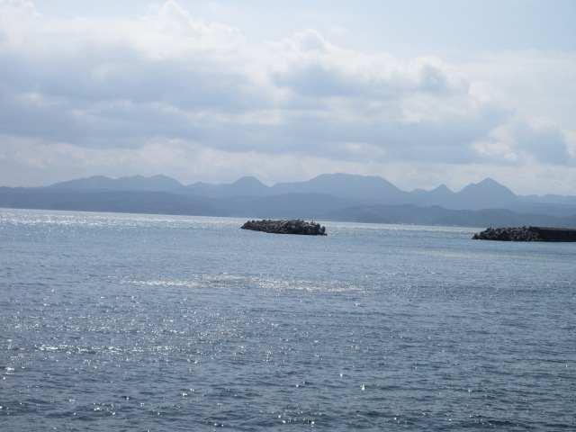 IMG0084JPG海と山