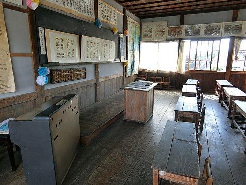 旧登米小学校・教室2