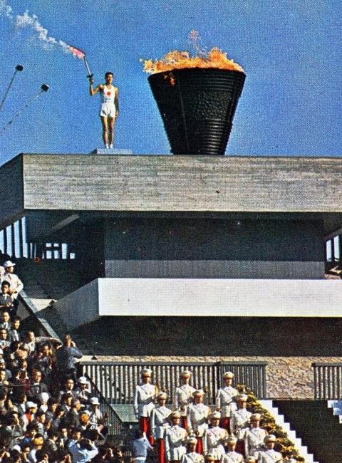 東京オリンピック聖火台
