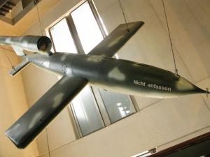 V1_flyingbomb.jpg