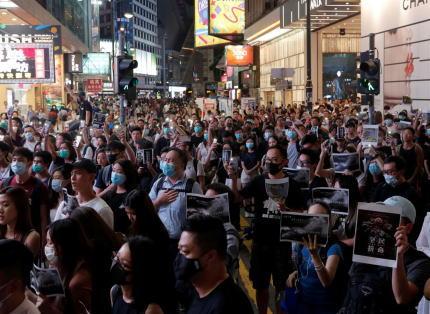 香港 林鄭月娥 逃亡犯条例 覆面禁止法 デモ 中国