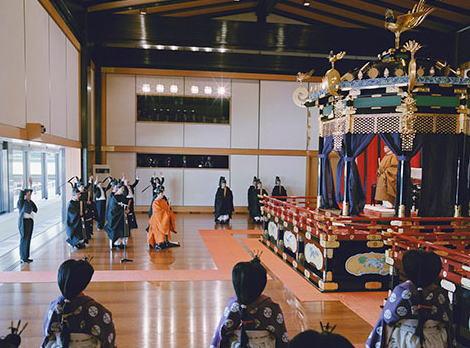 即位礼正殿の儀 皇室 韓国 文在寅 李洛淵
