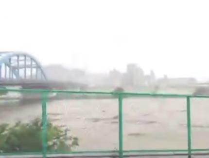 台風19号 大雨 荒川 洪水 避難