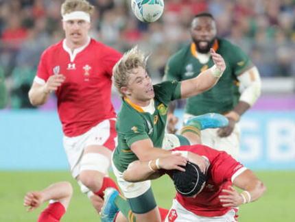 ラグビーW杯、南アフリカがウェールズを19-16で下し、3大会ぶりの決勝進出へ … 両チーム共に堅い防御で16-16の後半36分、南ア・ポラードが4本目のPGを決め決勝点