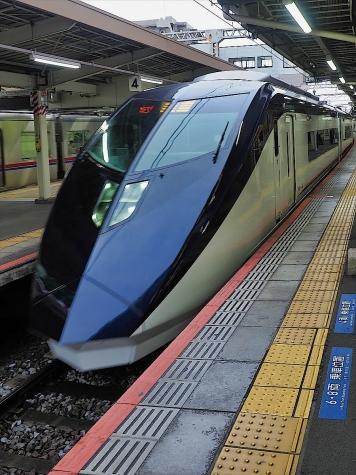 京成電鉄 スカイライナー AE形 電車【京成成田駅】
