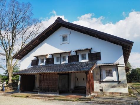 鶴丸倉庫【金沢城】
