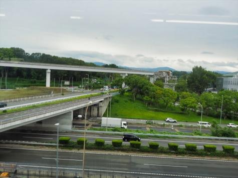 大阪モノレールの車窓から